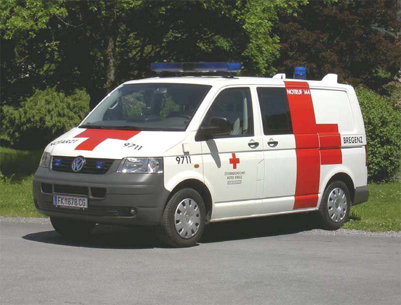 Emergency medical ambulance / van VW T5 Dlouhy , Fahrzeugbau