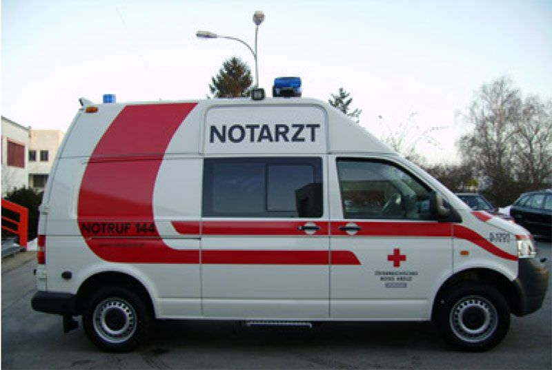 Intensive care medical ambulance / van VW T5 Dlouhy , Fahrzeugbau