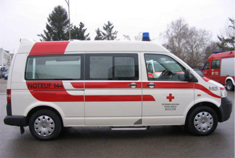 Emergency medical ambulance / van VW T5 MD Dlouhy , Fahrzeugbau
