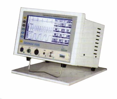 Compact multi-parameter monitor / transport Digimax™ 5500 Digicare Biomedical Technology