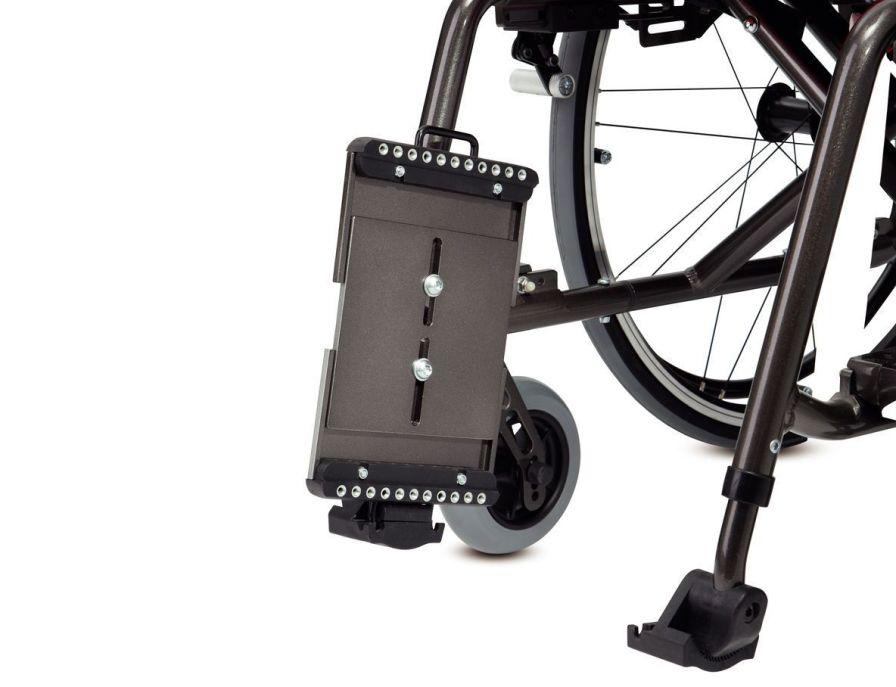 Passive wheelchair / folding Max. 125 kg | BX 11 Bischoff & Bischoff