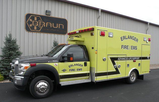 Emergency medical ambulance / box Chief XL Braun Industries, Inc.