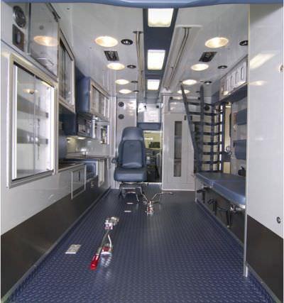 "Emergency medical ambulance / type III / light van GM 4500 172"" TraumaHawk American Emergency Vehicles"