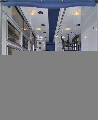 "Emergency medical ambulance / type I / box Ford F450 148"" TraumaHawk American Emergency Vehicles"