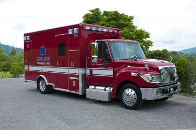 "Emergency medical ambulance / type I / box Terrastar 172"" Traumahawk American Emergency Vehicles"