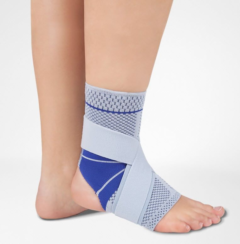 Ankle strap (orthopedic immobilization) / ankle sleeve / open heel MalleoTrain® S Bauerfeind