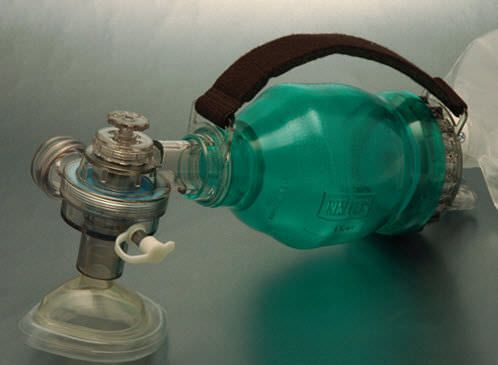 Infant manual resuscitator / with pop-off and PEEP valves 4025 BLS Systems Limited