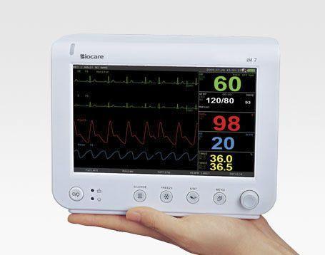 Compact multi-parameter monitor / transport / wireless iM 7 Biocare