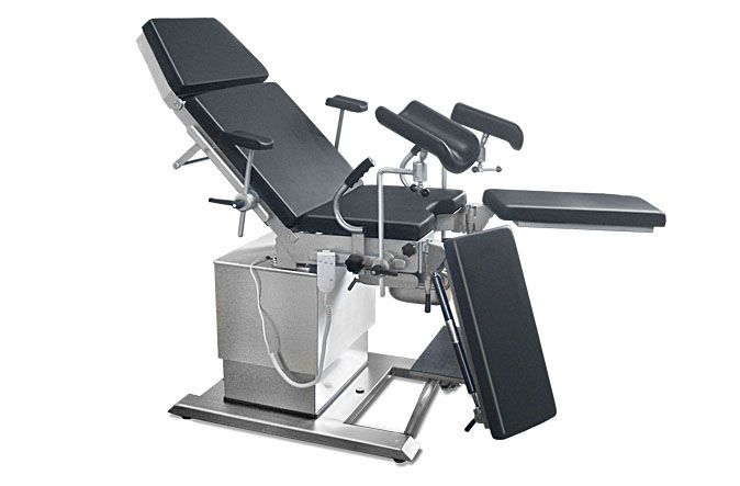 Gynecological operating table / electrical Boom1 A.A.MEDICAL