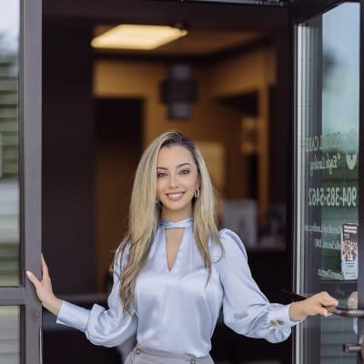 photo of Daniella Sousou, DMD