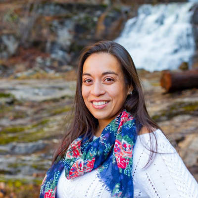 photo of Jennifer Ortiz, DDS