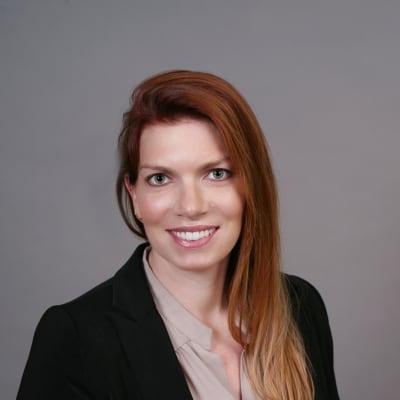 photo of Elizabeth Klanderman, DMD