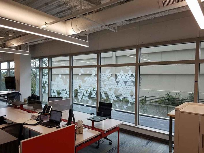 Mimarlar için dekoratif cam filminin önemi