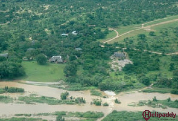 Inyati Game Reserve by helicopter