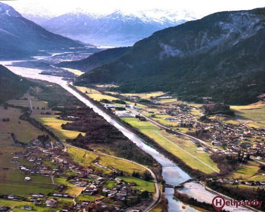 Reutte by helicopter