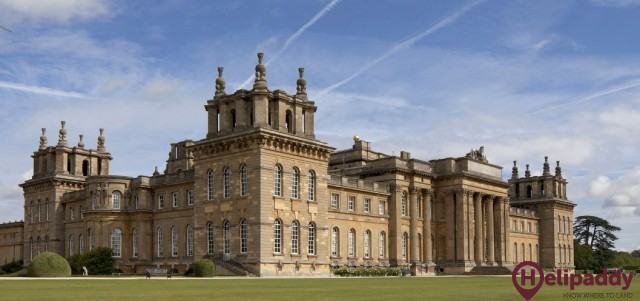 Blenheim Palace by helicopter