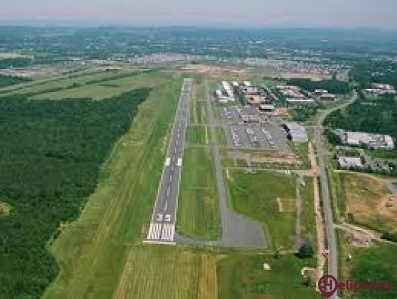 Leesburg Executive Airport by helicopter