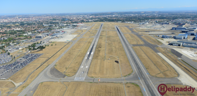 Toulouse-Blagnac Airport by helicopter