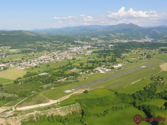 Saint-Girons-Antichan Airport by helicopter