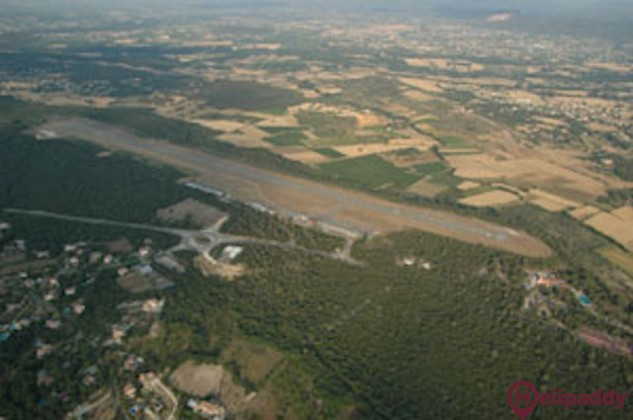 Alès-Deaux Airport by helicopter