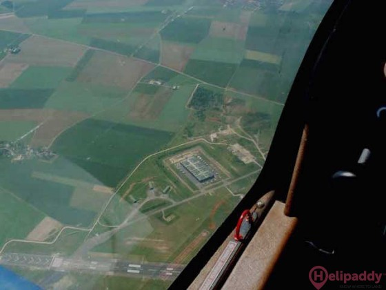 Chateaudun (BA 279) Airport by helicopter