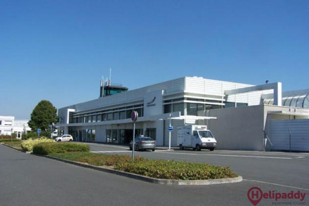 Tours-Val-de-Loire Airport by helicopter