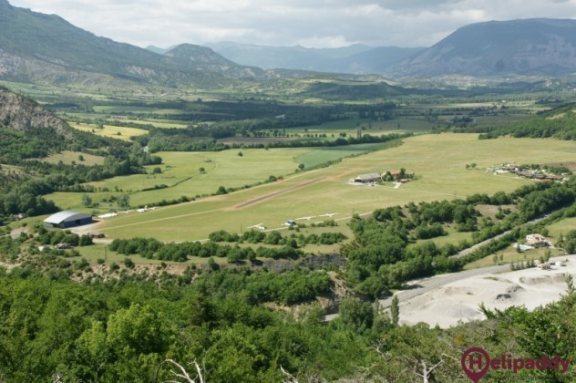 Serres - La Batie-Montsaleon Airport by helicopter