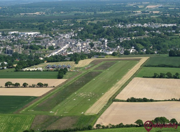 Chateaubriant Pouance Airport by helicopter