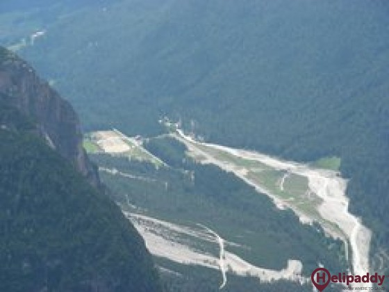 Cortina Fiames by helicopter