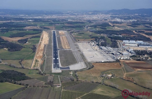 Girona Airport by helicopter