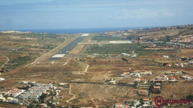 Aeropuerto Porto Santo by helicopter