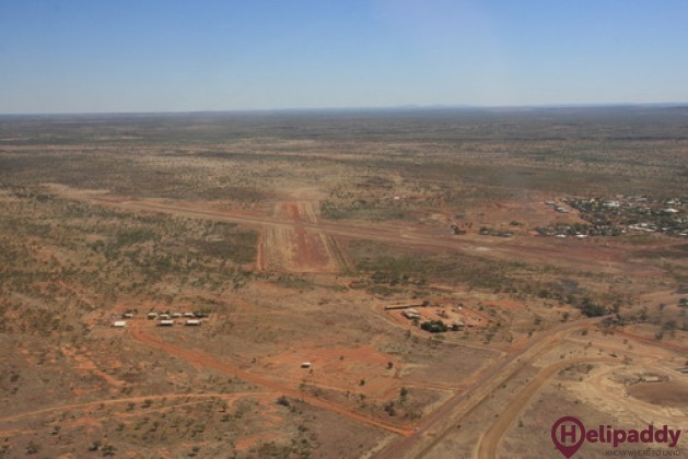 Halls Creek by helicopter