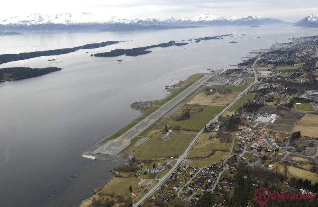 Molde Årø by helicopter