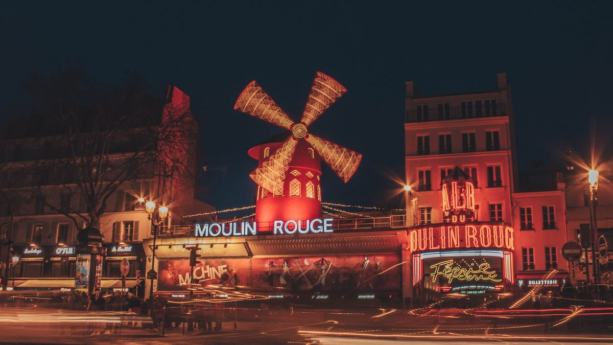 Moulin Rouge Tickets in Paris