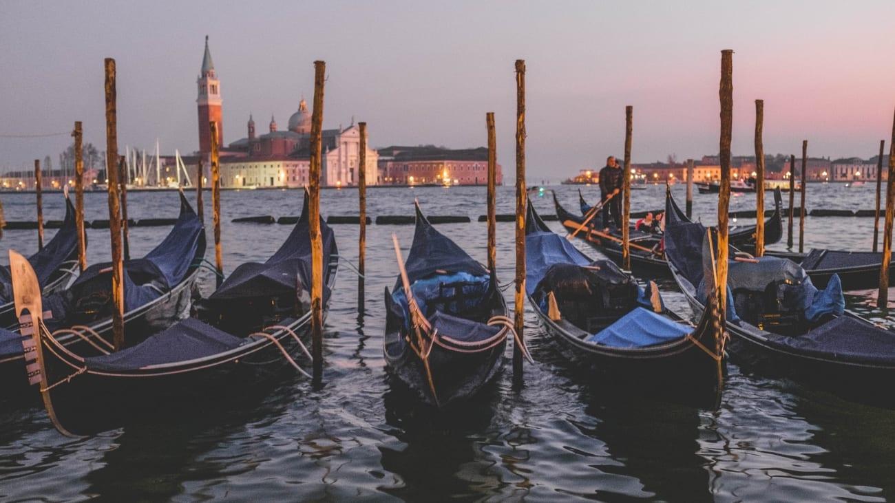 Gondola Rides Tickets in Venice