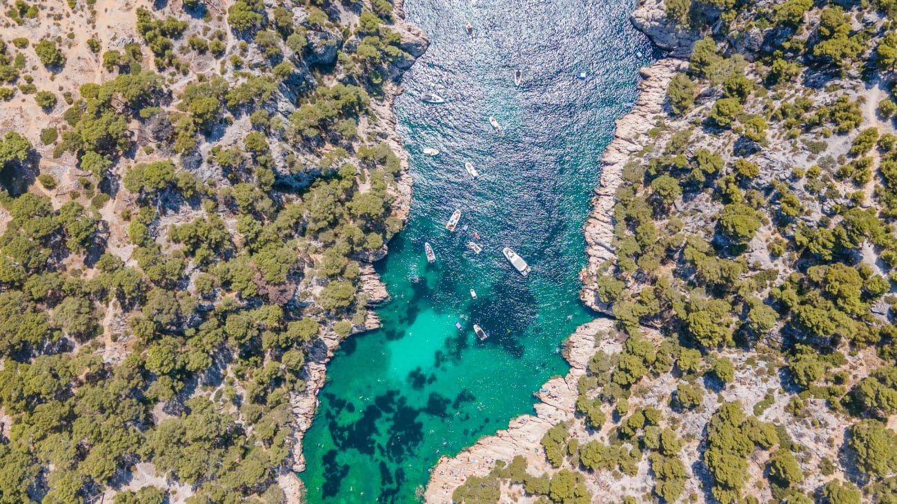 Paseo en barco por el Parque Nacional de Calanques desde Marsella