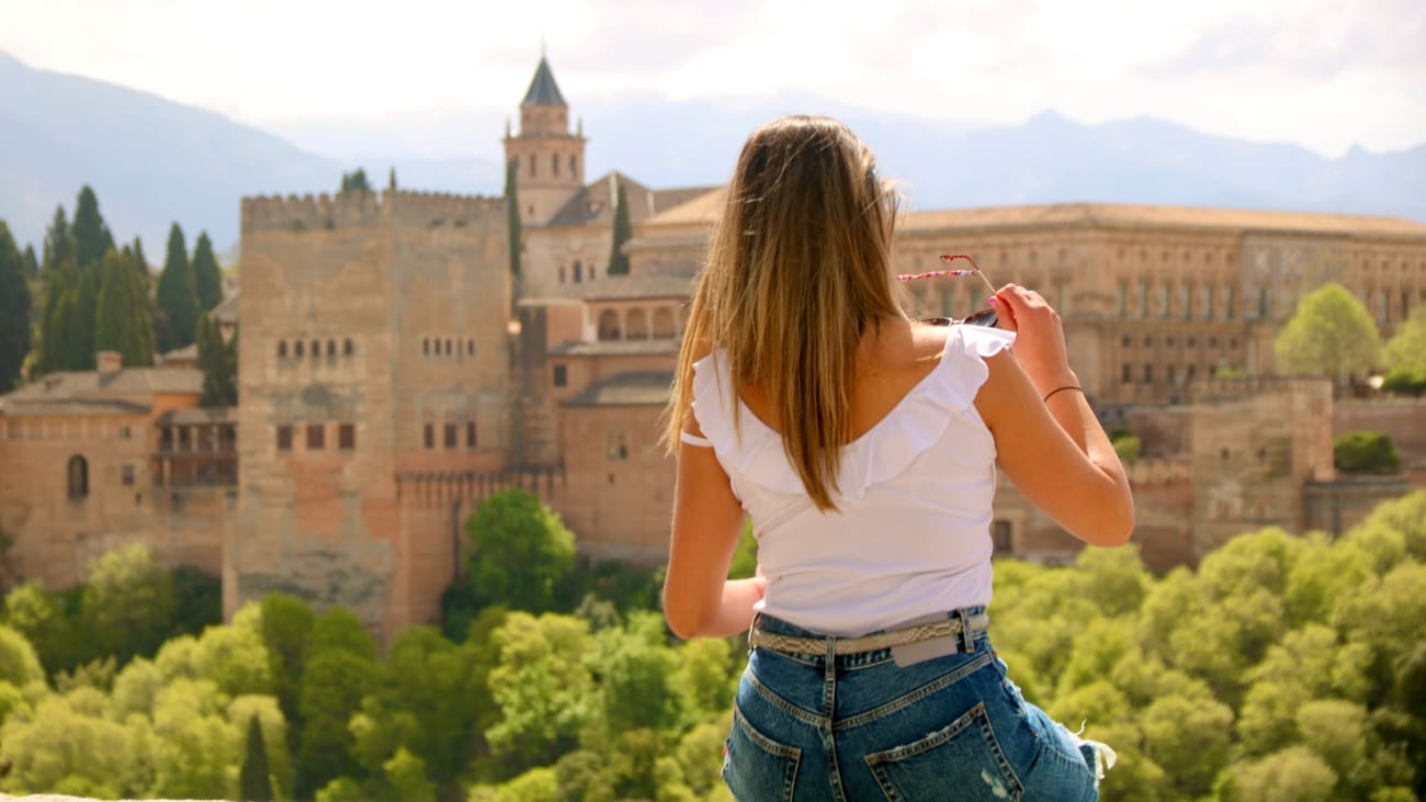 Alhambra Palace Opening Times