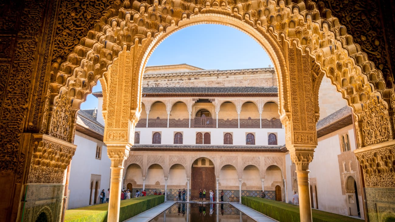 Visiting the Alhambra Palace with kids