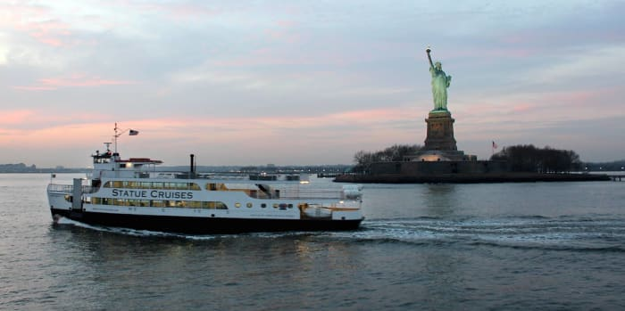 Ferry de la Statue de la Libertè