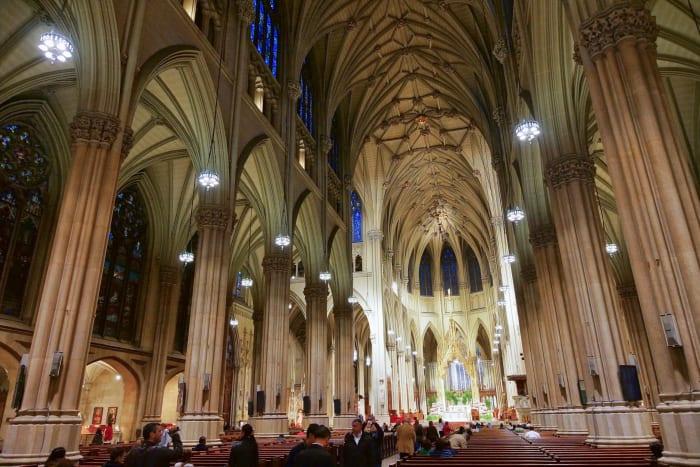 Interior da Igreja St. Patrick's