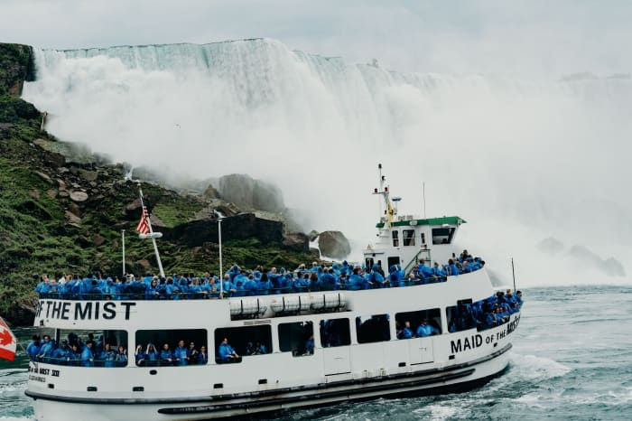 Le Maid of the Mist