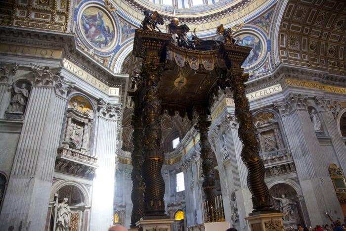 Altar de la Basílica de San Pedro