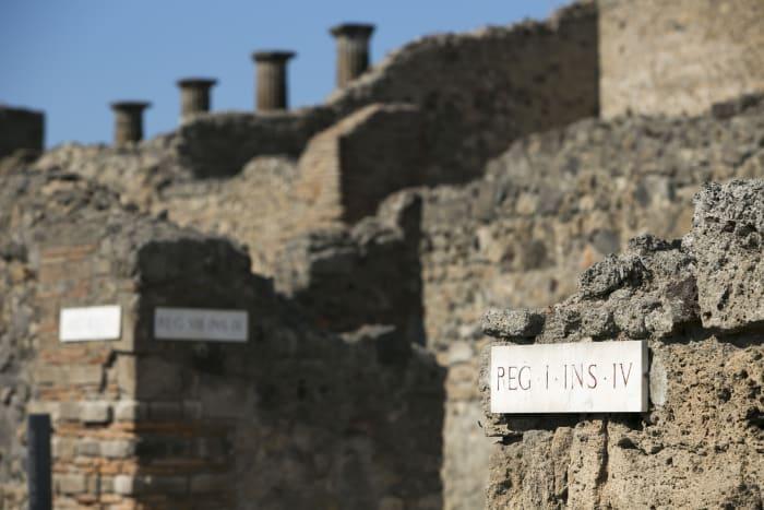 Detalhes das ruas de Pompeia
