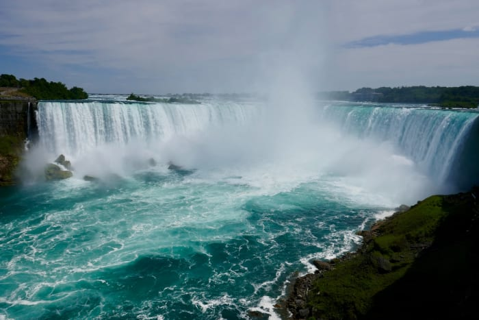 Les Chutes du Niagara vues depuis la rivière