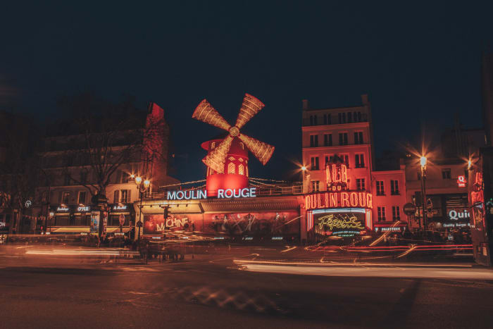 Moulin Rouge al anochecer