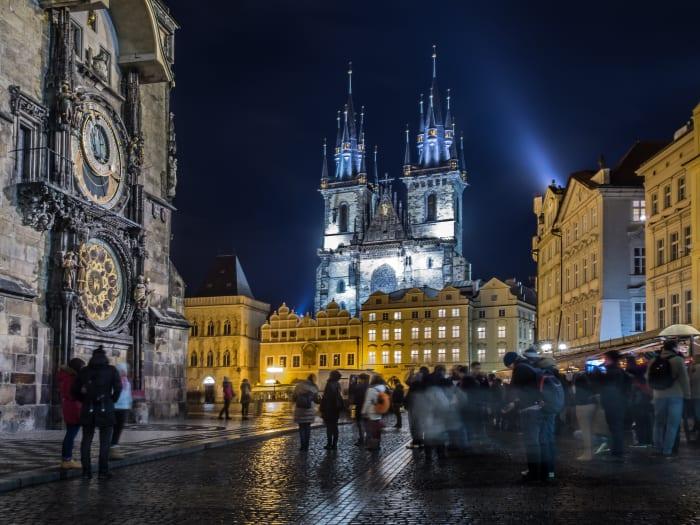 Visão noturna do Castelo de Praga