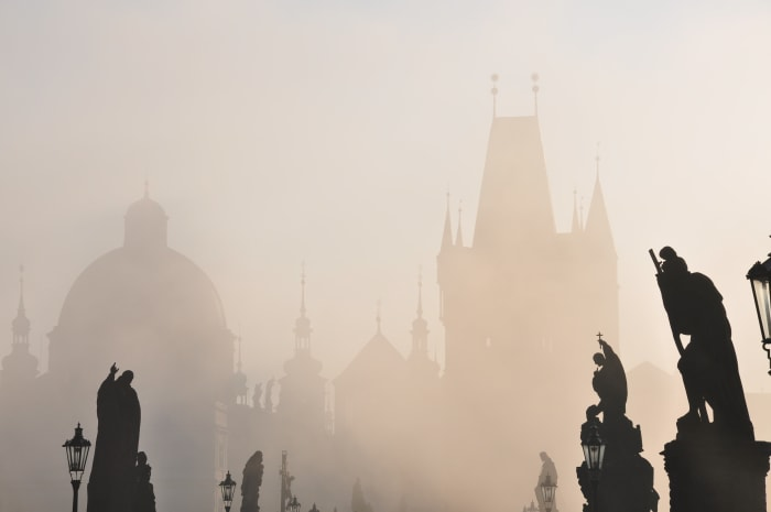 Praga ao pôr do sol