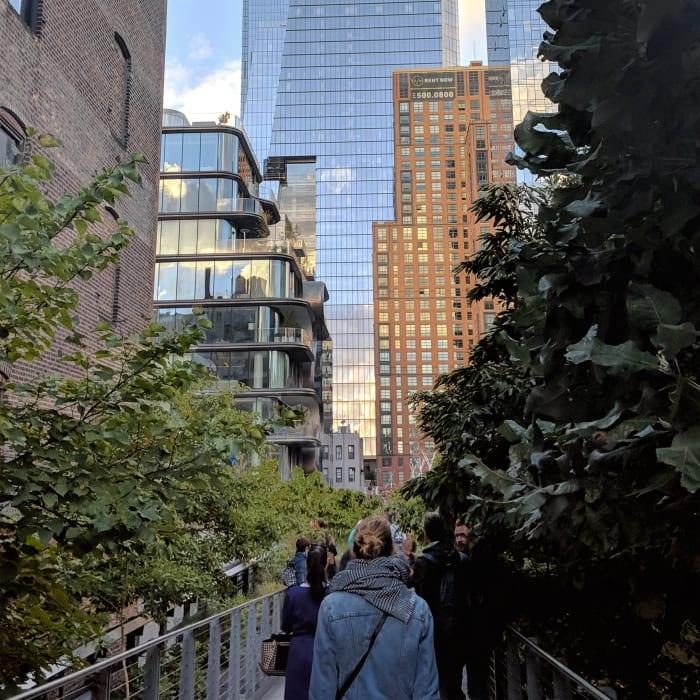 Paseando por High Line entre rascacielos