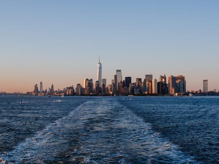 Vistas de Manhattan desde el ferry hacia la Estatua | ©Malvina Battiston