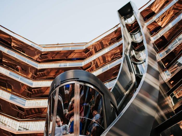 El interior de la estructura de The Vessel y su ascensor | ©Malvina Battiston